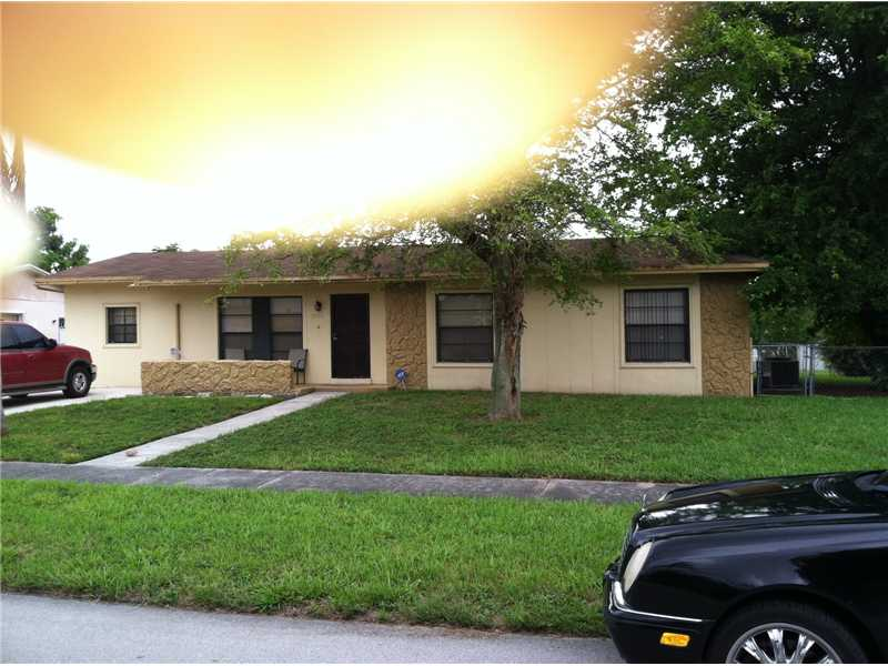 3320 Nw 202nd Ln, Miami Gardens, FL 33056