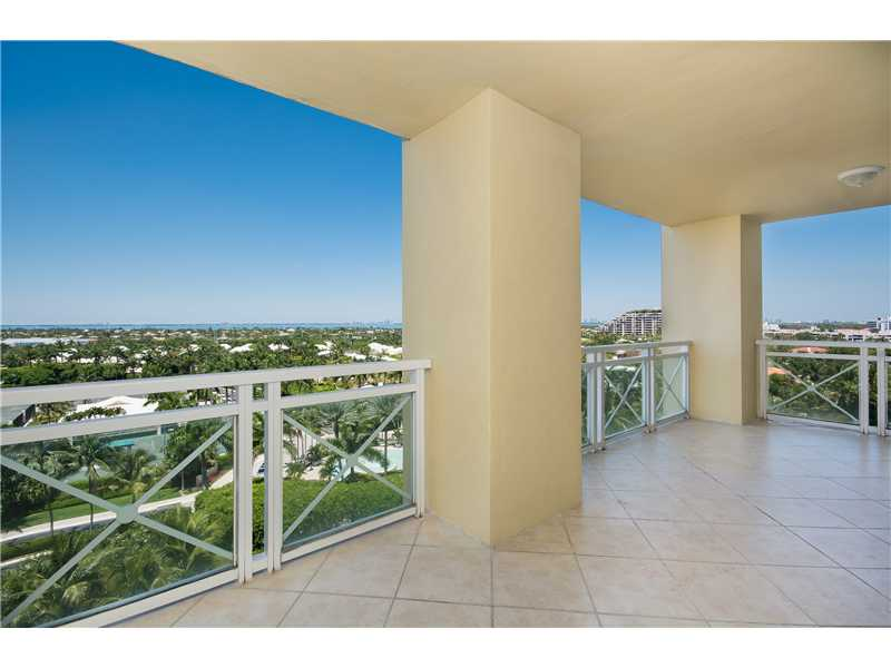 445 Grand Bay Dr # 911, Key Biscayne, FL 33149