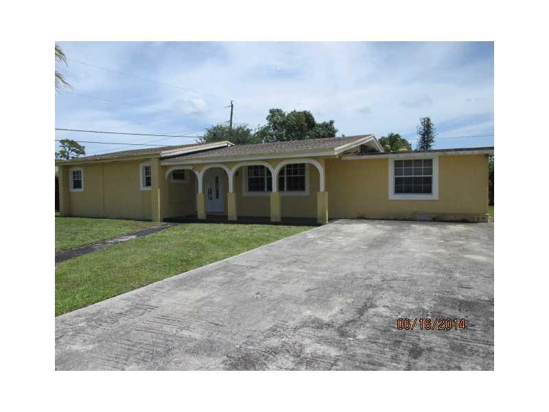 2120 NW 185th St, Miami Gardens, FL 33056