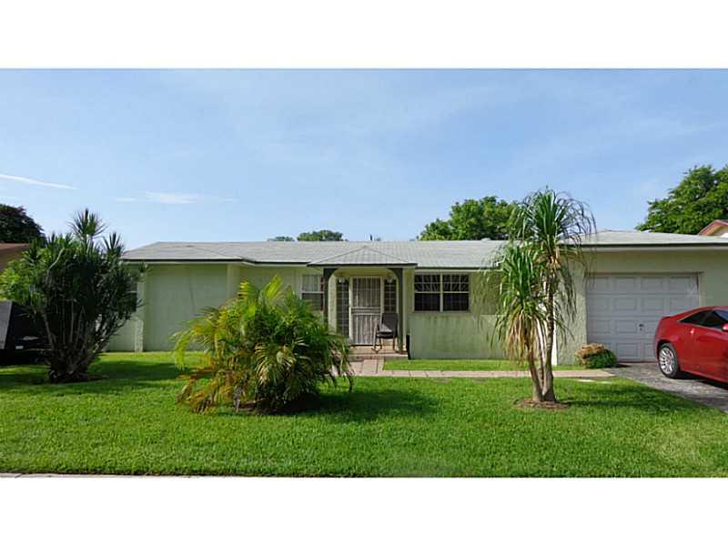 10460 SW 164th St, Miami, FL 33157