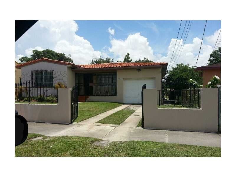 220 Sw 48th Ct, Coral Gables, FL 33134