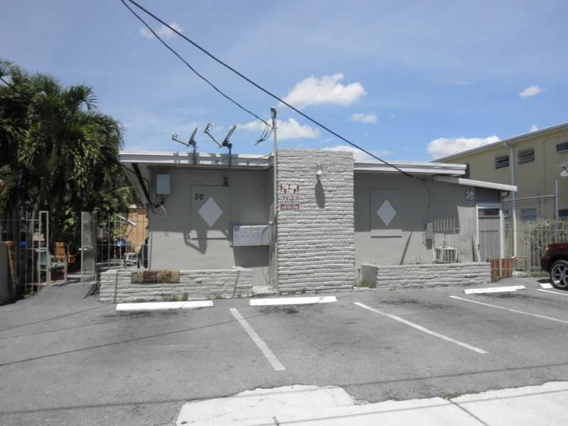 50 SW 32nd Ct Rd, Miami, FL 33135