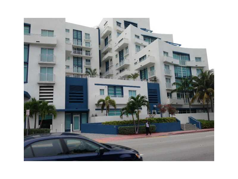 7600 Collins Ave # 411, Miami Beach, FL 33141