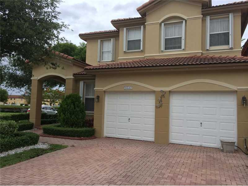 8533 NW 114th Ct, Doral, FL 33178