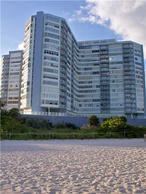 7135 Collins Ave # 1811, Miami Beach, FL 33141
