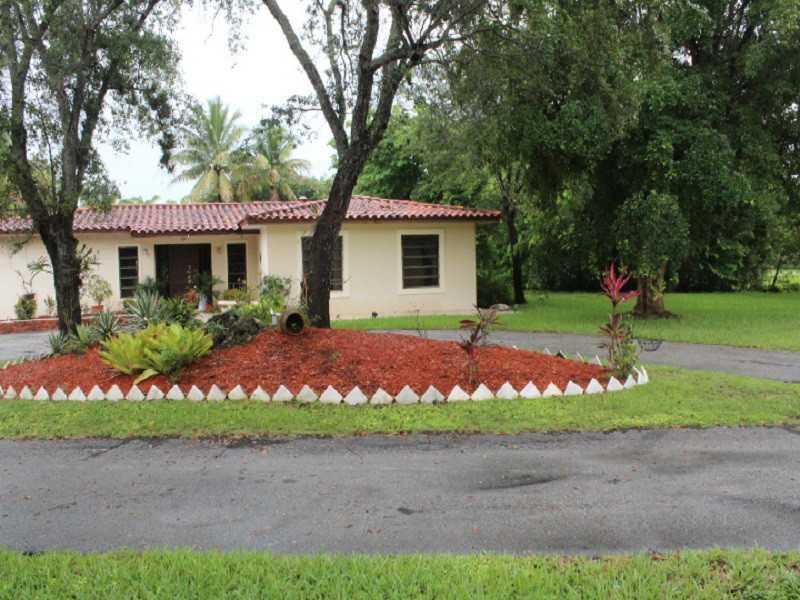 11461 SW 95th St, Miami, FL 33176