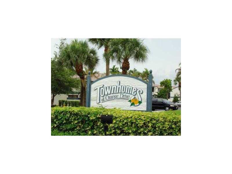 7110 SW 42nd Ct, Davie, FL 33314