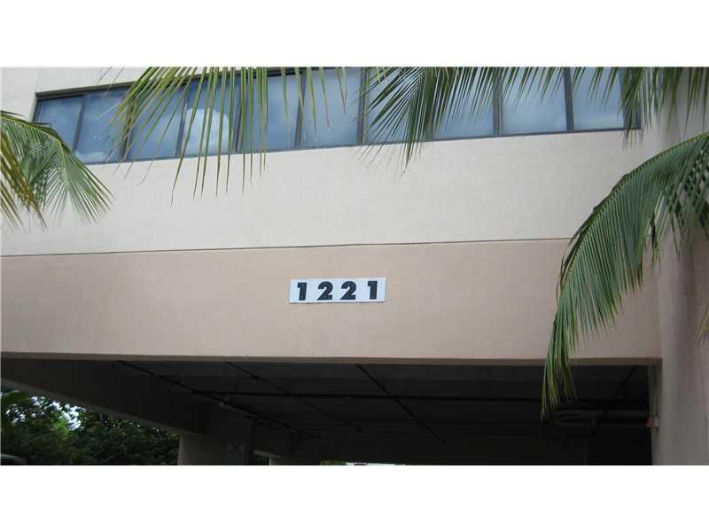 1221 Sw 27 Ave # 2, Miami, FL 33135