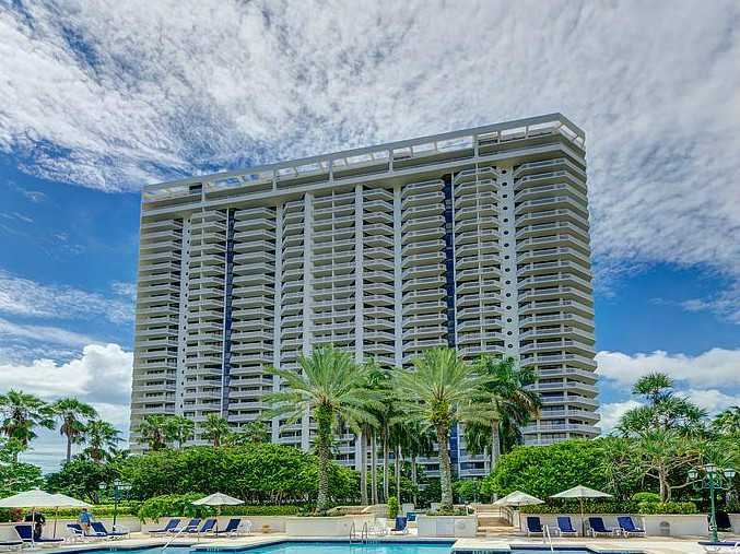 2000 Island Bl # 507, North Miami Beach, FL 33160
