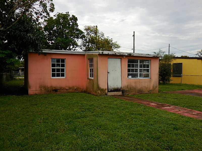 2370 Rutland St, Opa Locka, FL 33054