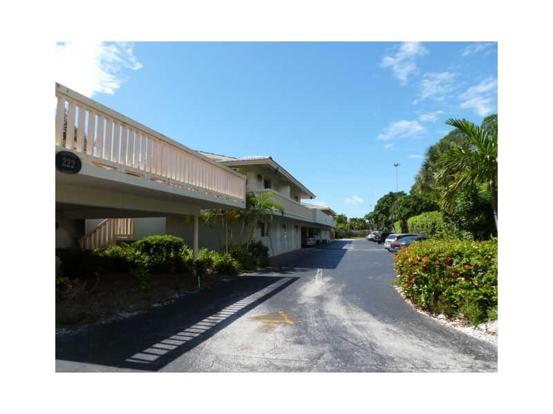 222 N Federal Hy # 108, Deerfield Beach, FL 33441