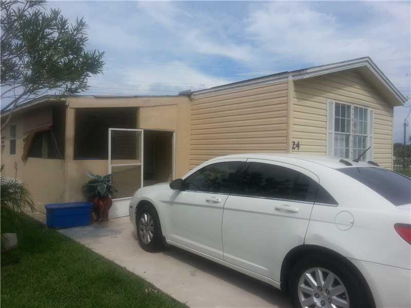 SE Mariposa Ave, Port St Lucie, FL 34952
