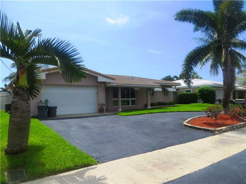 One of Pompano Beach 2 Bedroom Waterfront Homes for Sale