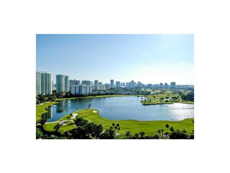 3675 N Country Club Dr # 509, Aventura, FL 33180