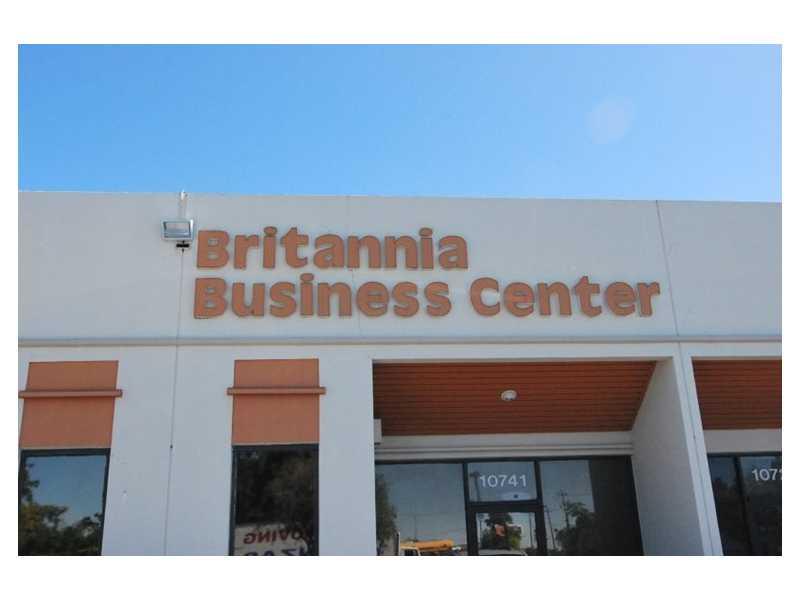 10761 NW 89th Ave, Hialeah Gardens, FL 33018