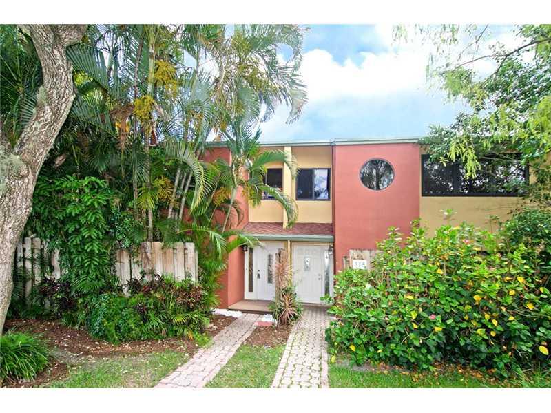 313 City View Dr, Fort Lauderdale, FL 33311