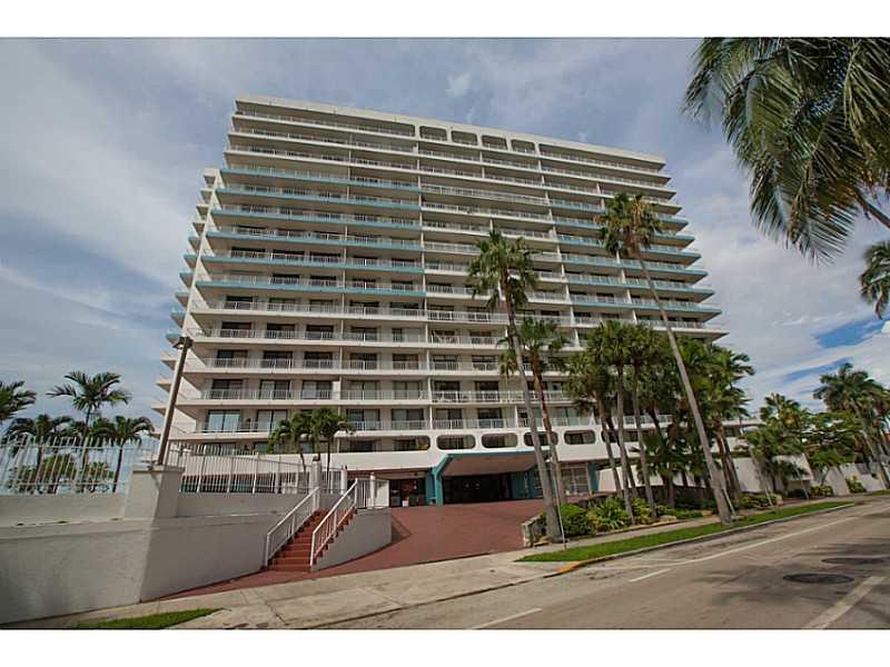 200 SE 15 Rd # 8F, Miami, FL 33129