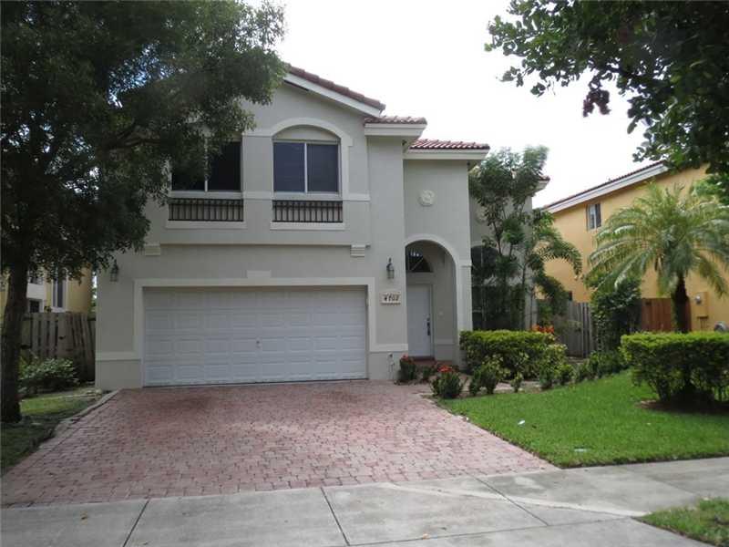 4702 Nw 109th Ct, Miami, FL 33178