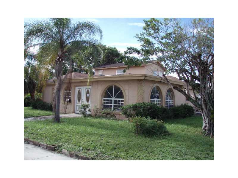 1335 W 26th St, West Palm Beach, FL 33404