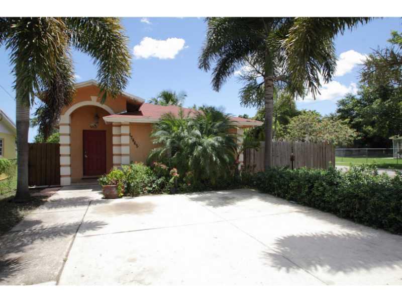 17465 Duval Ave, Miami, FL 33157