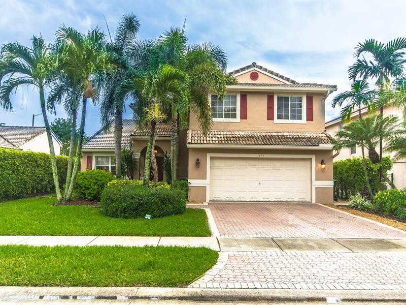 One of Pembroke Pines 4 Bedroom Homes for Sale
