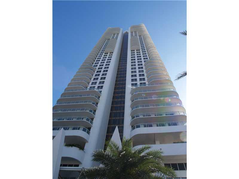 Real Estate for Sale, ListingId: 29557436, Miami Beach,FL33141