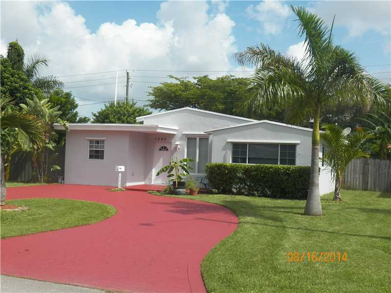 1543 Lee St, Hollywood, FL 33020