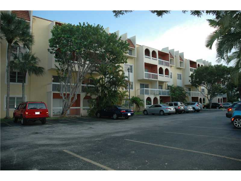 7910 Camino Real # N-307, Miami, FL 33143