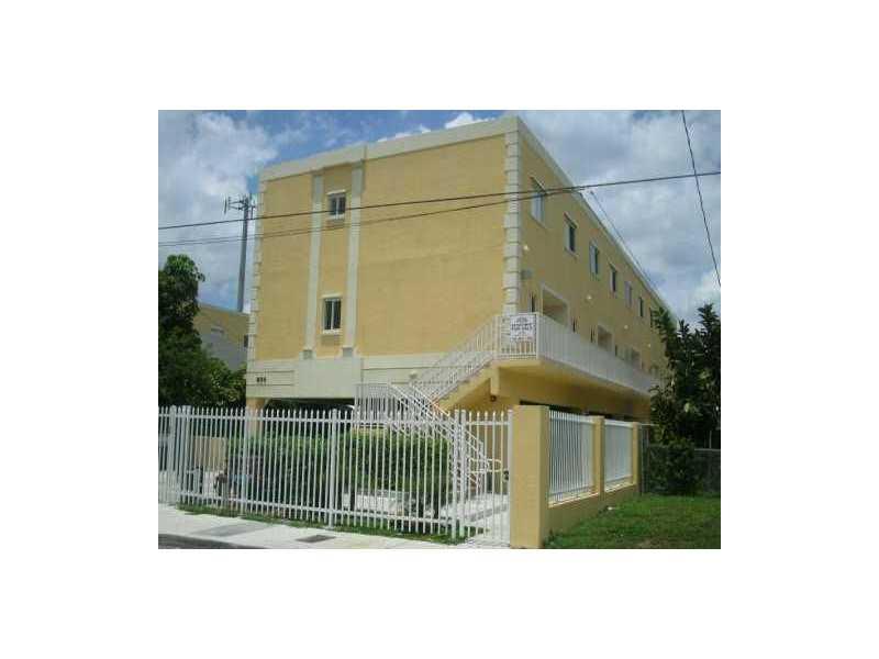 928 SW 3 St # 204, Miami, FL 33130