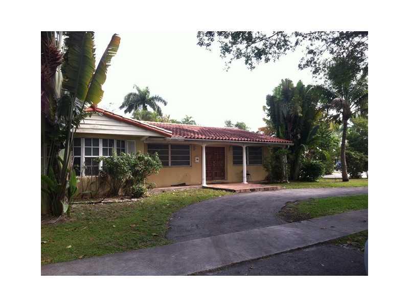 955 NE 98th St, Miami Shores, FL 33138