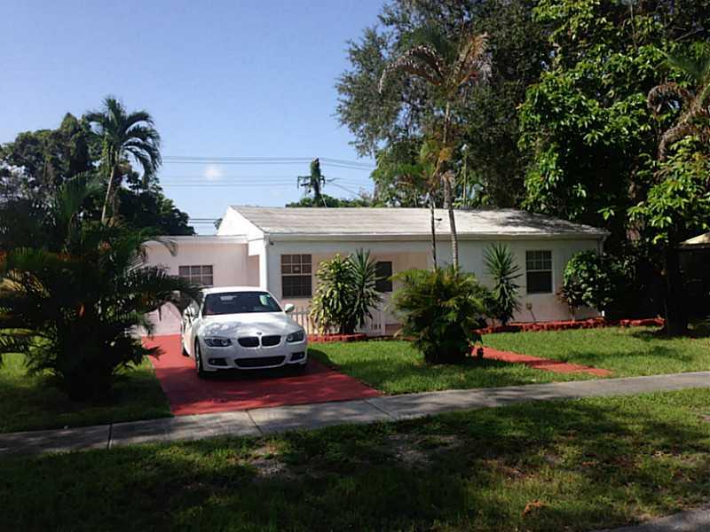 941 Ne 142nd St, Miami, FL 33161