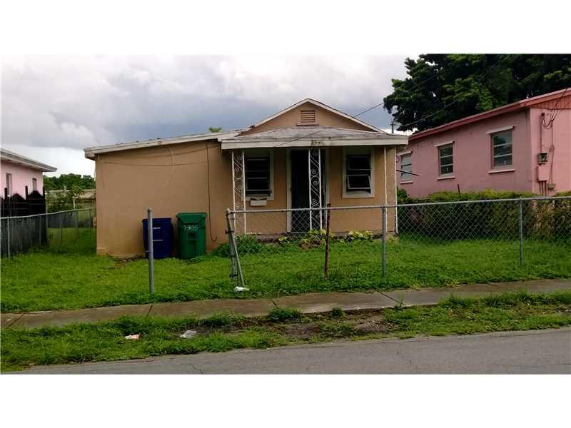 1774 Nw 73rd St, Miami, FL 33147