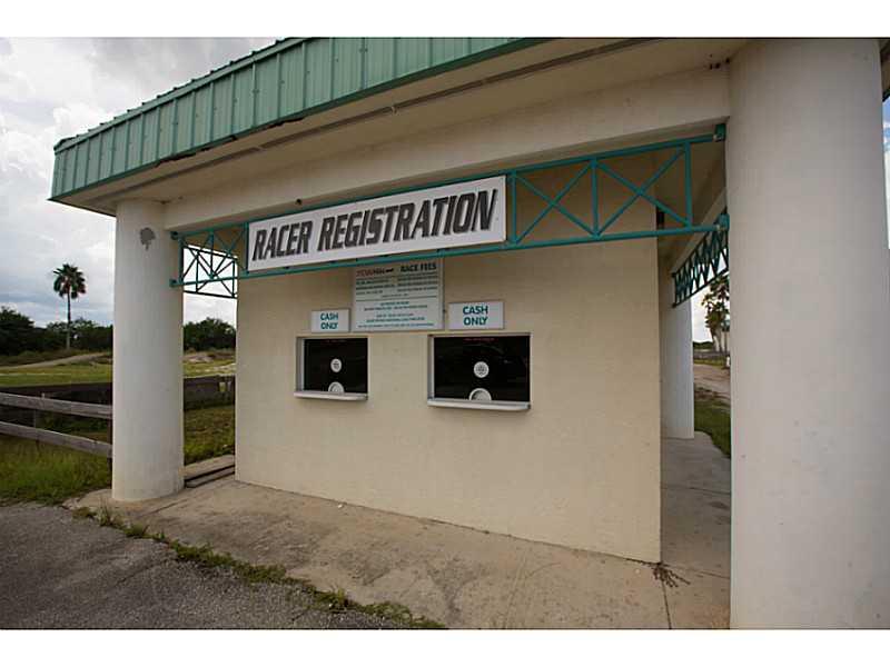 100 Mesa Park Blvd, Fellsmere, FL 32948