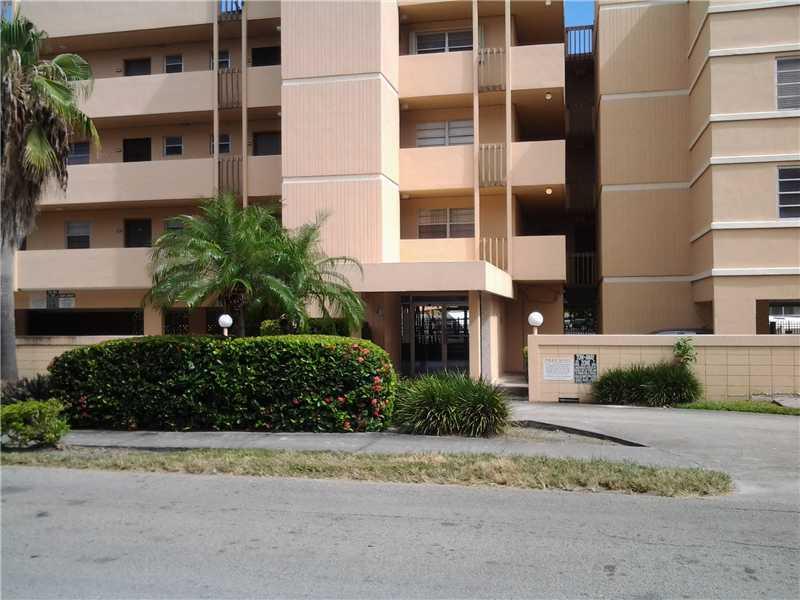 3527 NE 168 St # 409, North Miami Beach, FL 33160