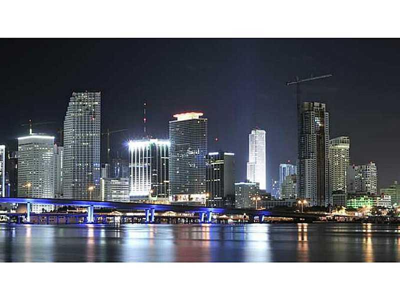 1717 N Bayshore Dr # A-2336, Miami, FL 33132