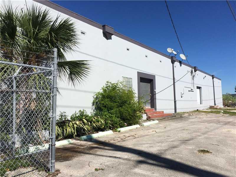 795 Nw 72nd St, Miami, FL 33150