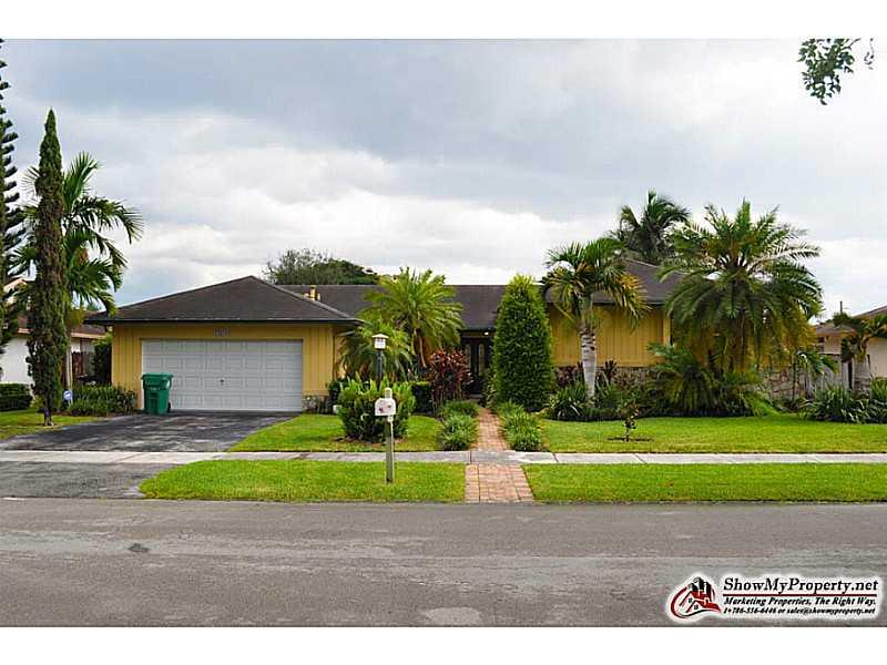 11610 Sw 98th St, Miami, FL 33176