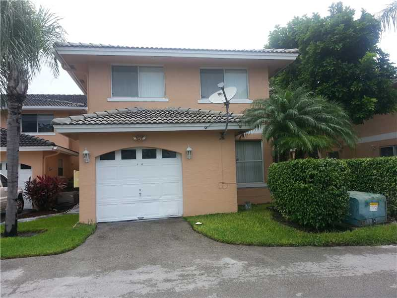 3255 NW 44 St # 6, Oakland Park, FL 33309