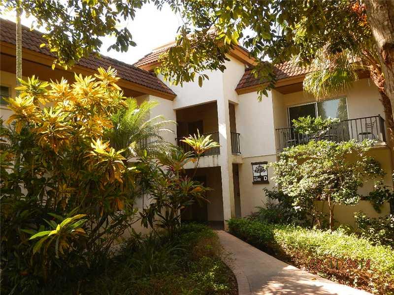 9390 SW 77 Ave # D8, Miami, FL 33156