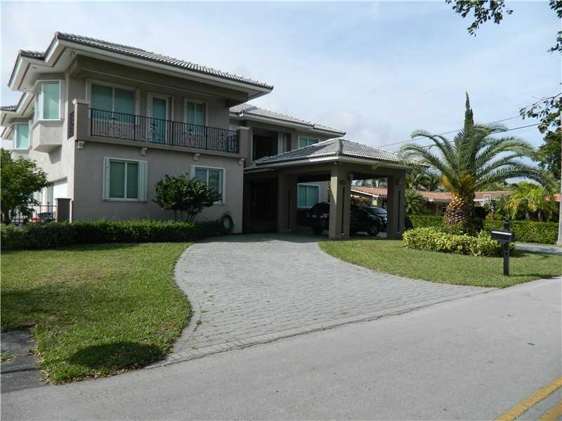 14730 Snapper Dr, Miami, FL 33158