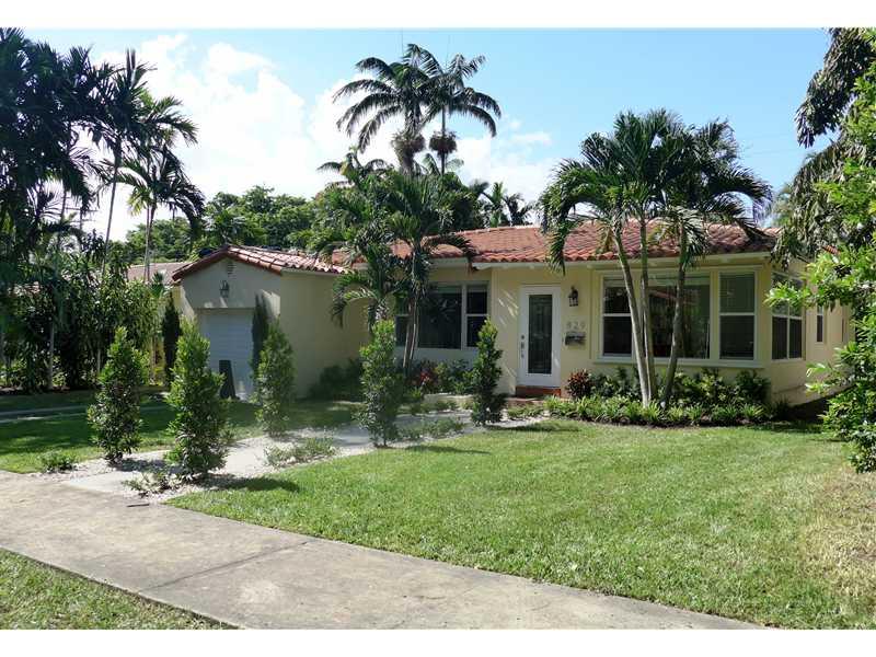 829 Medina Ave, Coral Gables, FL 33134