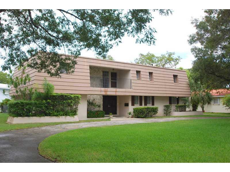 1119 Cotorro Ave, Coral Gables, FL 33146