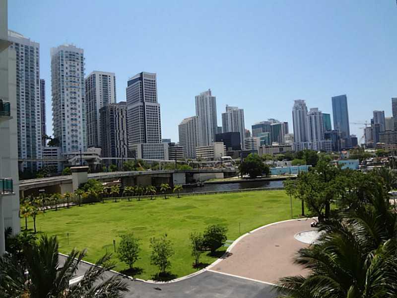90 SW 3 St # TH506, Miami, FL 33130