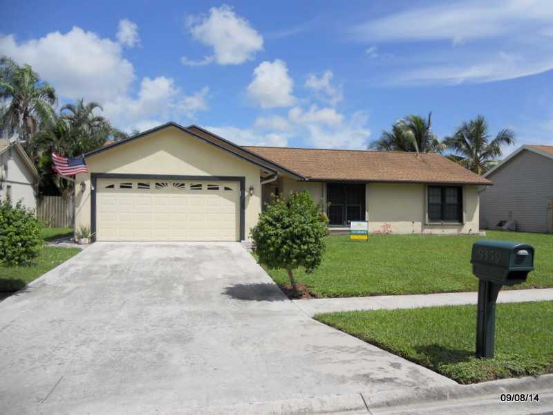 9359 Longmeadow Cir, Boynton Beach, FL 33436