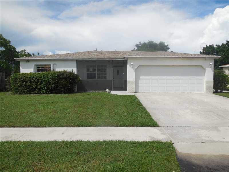 10865 Jennifer Ln, Boca Raton, FL 33428