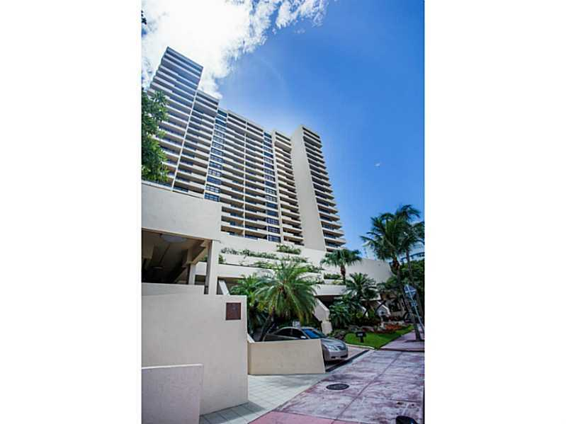2555 Collins Ave # 1705, Miami Beach, FL 33140