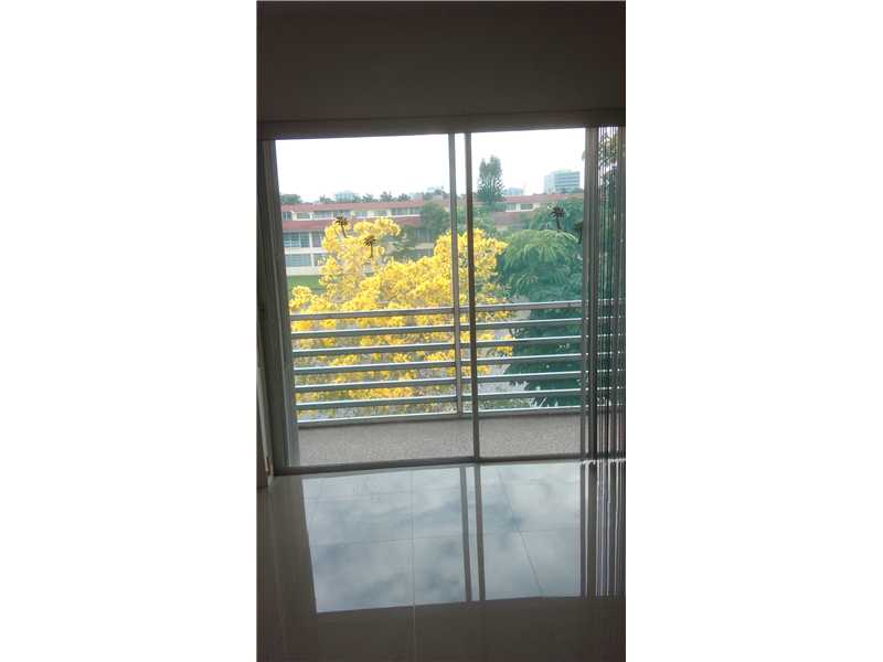 Rental Homes for Rent, ListingId:32227840, location: 2880 NE 203 ST Aventura 33180