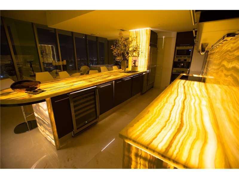 Real Estate for Sale, ListingId: 29947956, Miami,FL33132