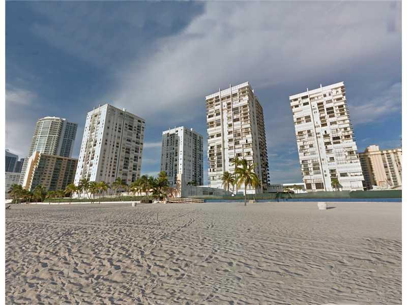 Real Estate for Sale, ListingId: 29947912, Hollywood,FL33019