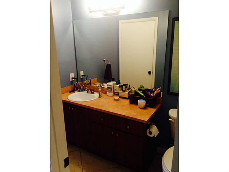 One of Pembroke Pines 1 Bedroom Townhouse Homes for Sale